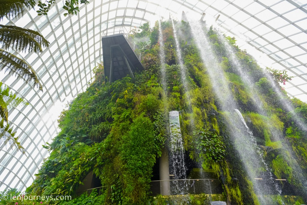 Cloud Moutain, Gardens by the Bay