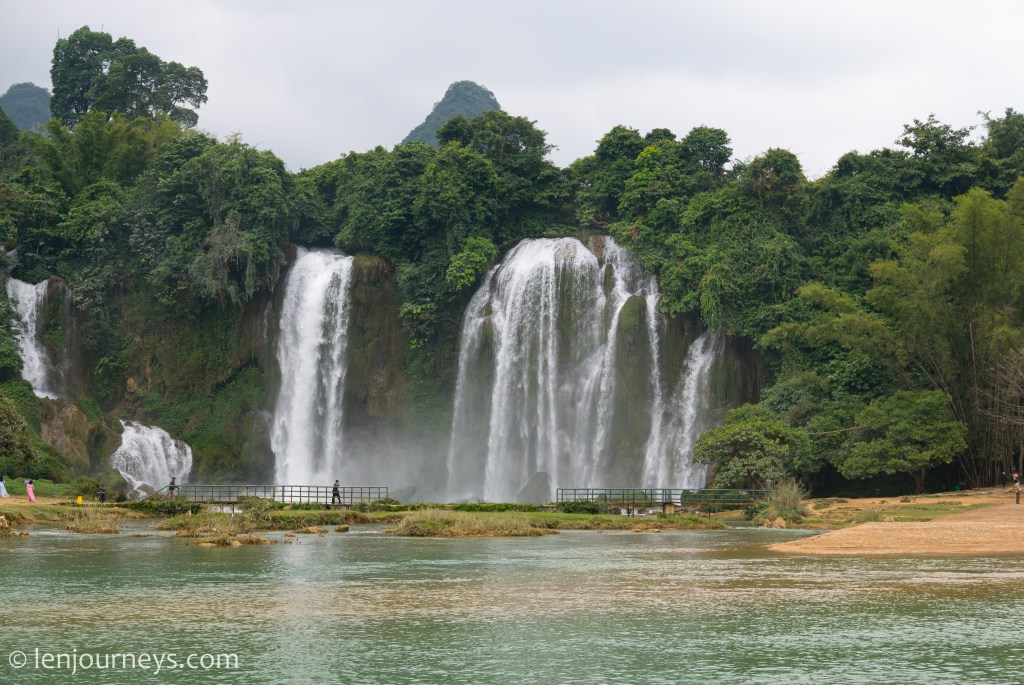 Ban Gioc Waterfall, Subordinate part