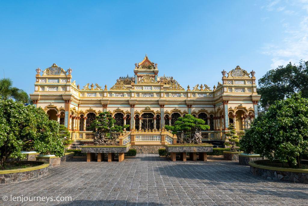 Vinh Trang Temple, Mekong Delta