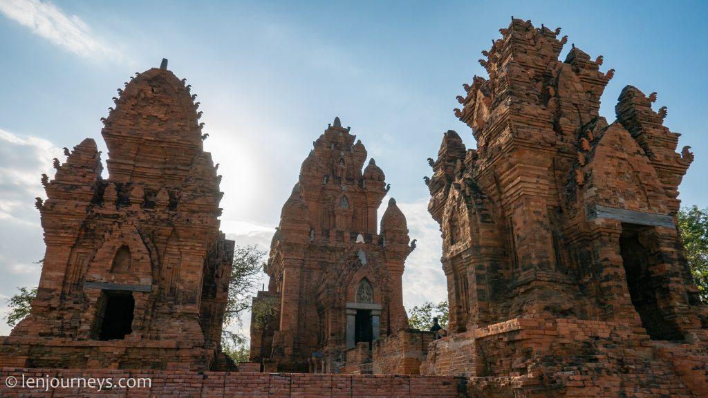 Po Klong Garai Towers, South Central Coast