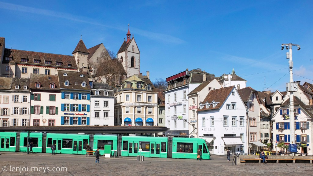 Barefoot Square, Basel